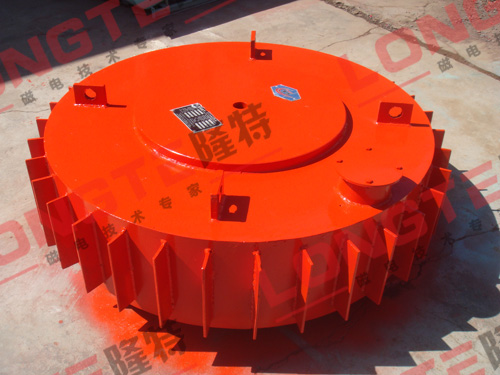 昆明滥泥坪冶金有限公司盘式电磁除铁器现场